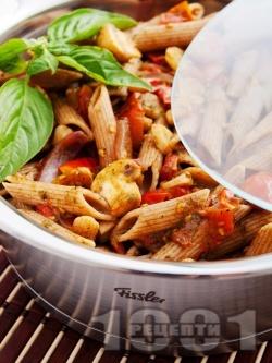 Пълнозърнеста паста (макарони) със зеленчуци - снимка на рецептата